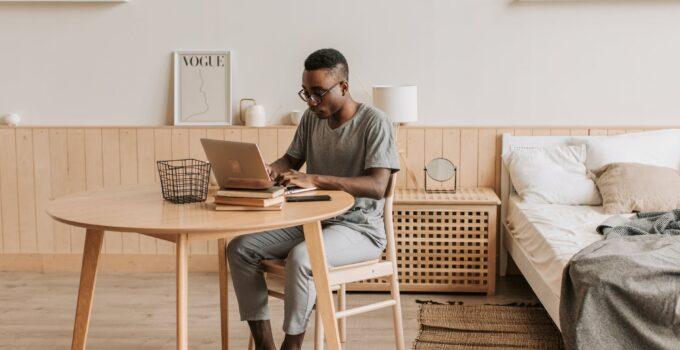 9 Simple Ways to Make Your Home Office to Look More Professional